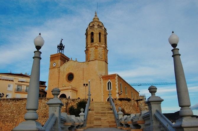 Enjoy Sitges from Barcelona