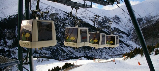 Enjoy the ski from Barcelona
