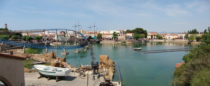Salou and Port Aventura are one of the villages close to Barcelona to enjoy in one day