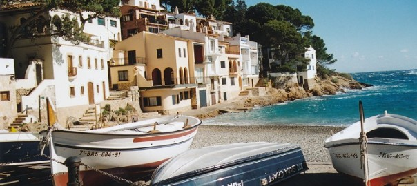 An escape from Barcelona to Costa Brava: Begur