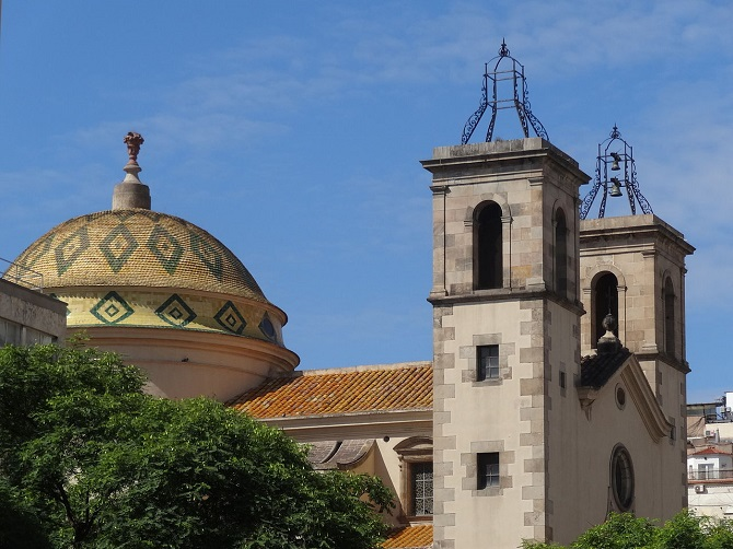 Sant Pere Nolasc church, situated in Carrer Tallers, the most alternative and commercial axis of El Raval