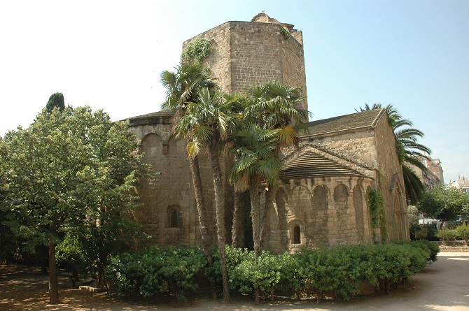 Sant Pau del Camp monastery: a rare example of Romanesque art in the middle of the neighbourhood
