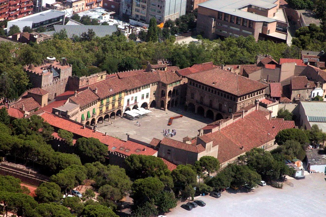Poble Espanyol: a good place to to welcome the New Year in Barcelona