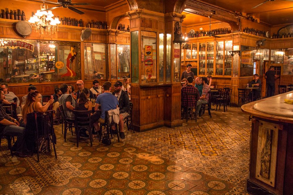 Best bars in Raval